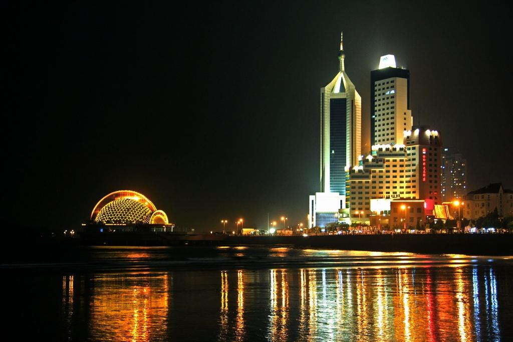 青岛海边夜景图片大全