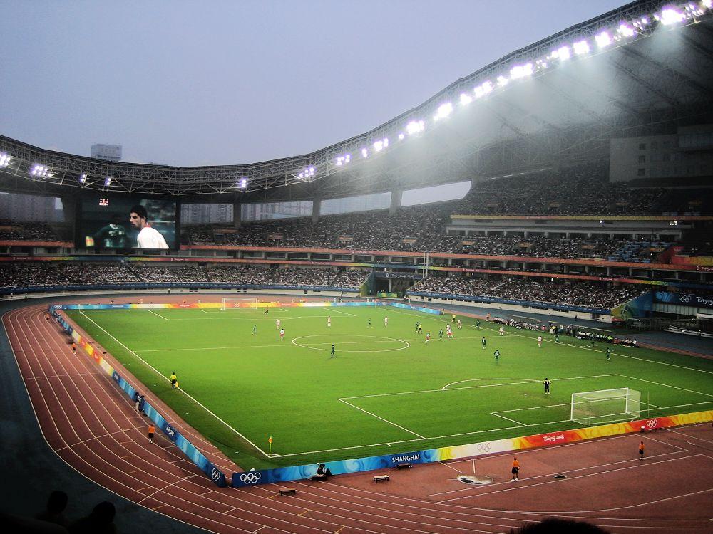 场_上海体育场的足球半决赛