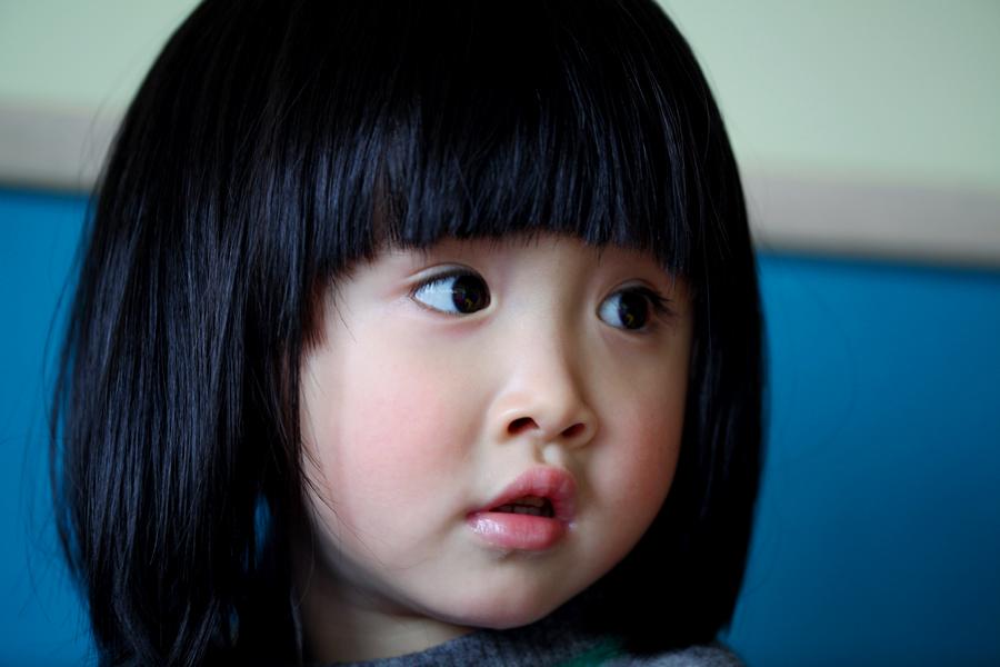 大眼睛的小姑娘高俪霏2011.02.27